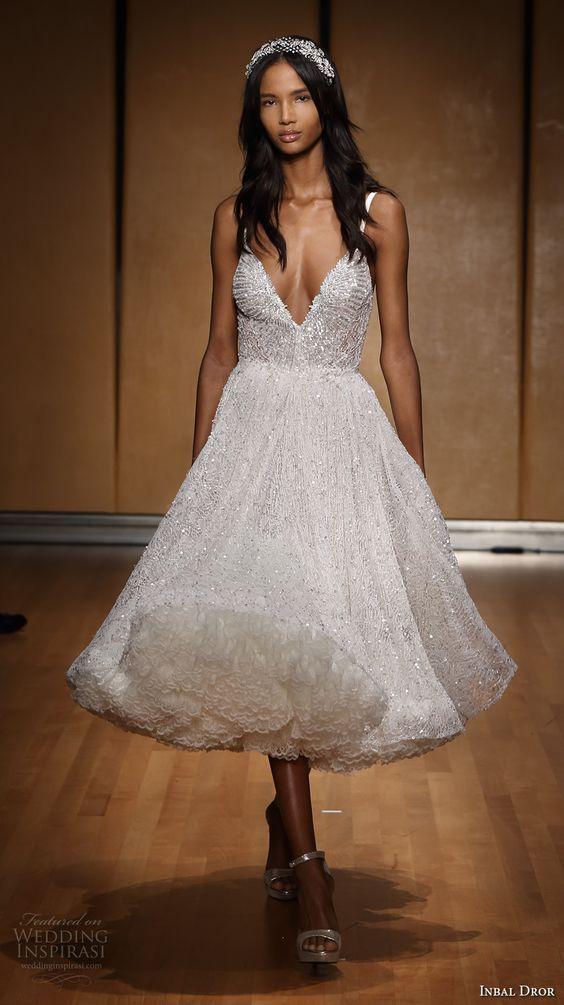 Hochzeit - 40 Prettiest Rehearsal Dinner Short Wedding Dresses