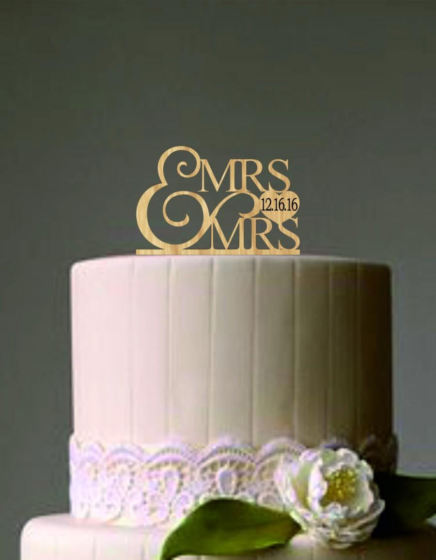 Hochzeit - Mrs and Mrs Wedding Cake Topper, Same Sex Wedding Cake Topper, Rustic Wedding Cake topper, Lesbian Wedding Cake Topper, Monogram Cake Topper