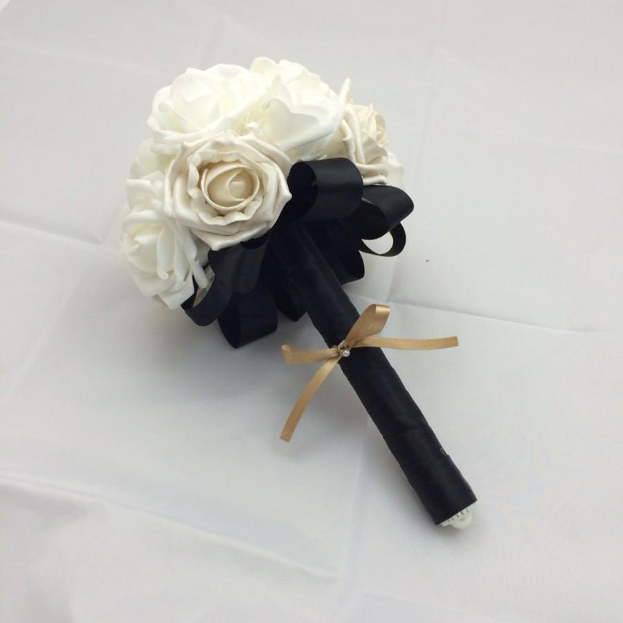 Свадьба - Bridesmaid or throw flower bouquet, black and white wedding silk ribbon made to order