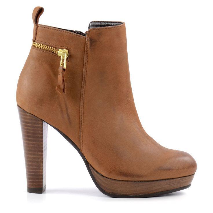 e0588ba0f9cd3f SACHA Hohe Stiefeletten - Braun  Amazon.de  Schuhe   Handtaschen ...