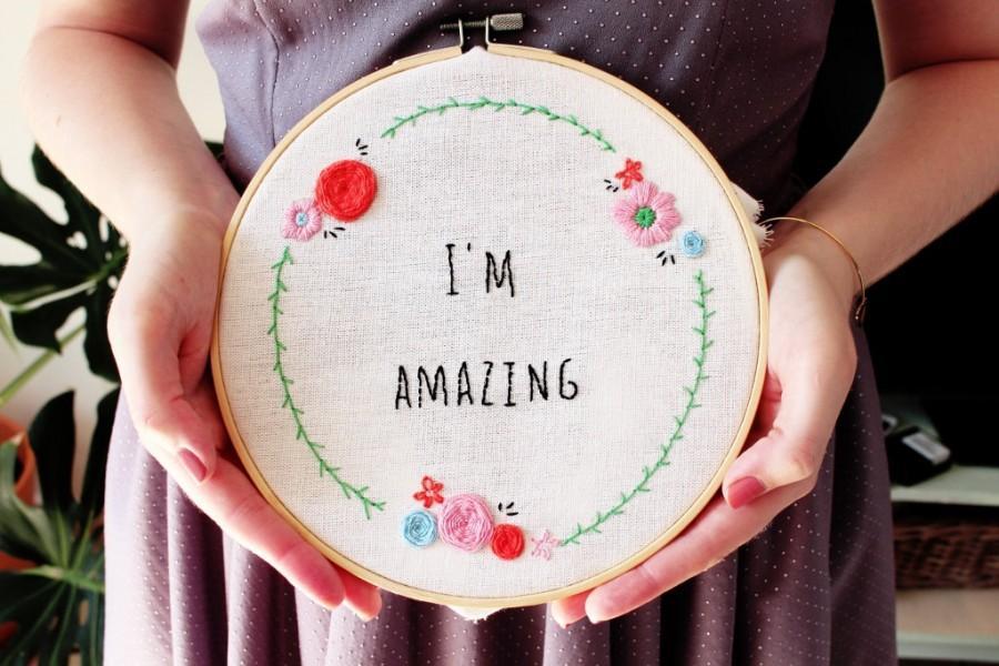 Mariage - Embroidery Kit, DIY Kit, Cross Stitch Kit, Modern Cross Stitch, Floral Cross Stitch, Needlepoint Kit, Craft Kit, Embroidery Pattern