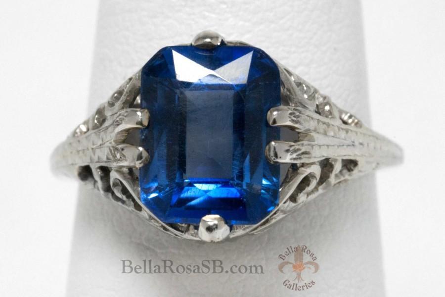 Свадьба - Emerald Cut Sapphire White Gold Antique Edwardian Engagement Ring Filigree Milgrain Leaf Laced Early 20th Century Vivid Blue Gem Heirloom