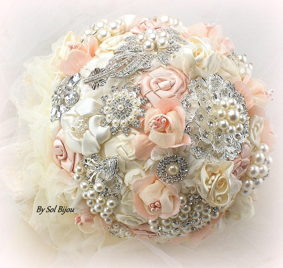 Mariage - Blush Brooch Bouquet, Cream, Ivory, Blush, Pink, Elegant Wedding, Vintage Style, Bridal, Jeweled, Crystals, Pearls, Fabric, Lace, Gatsby