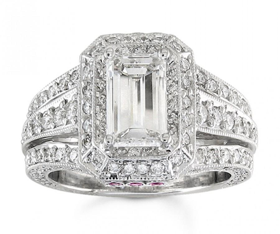 Mariage - Ladies 14kt white gold antique engagement ring with 2ct Lannyte Emerald cut and 1.25 ctw G-VS2 diamonds