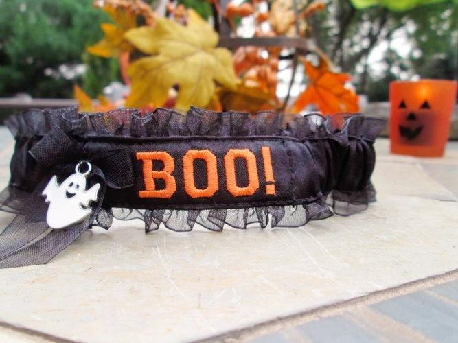 Mariage - Halloween wedding garter - BOO embroidered garter -  funny Halloween garter - Personalized garter.