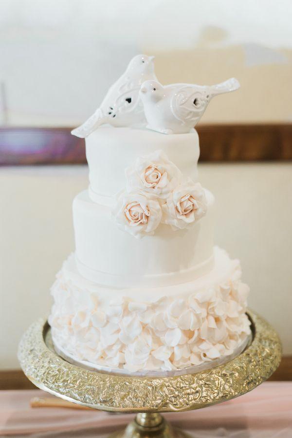 Свадьба - Romantic Wood Ranch Country Club Wedding