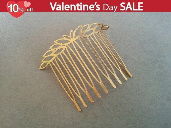 Mariage - Gold Bridal Hair Comb, Leaves Hair Piece, Gold Headpiece, Gold Wedding Comb, Bridal Hair Accessory, Flower Comb, Gold Hair Comb, Leaf comb
