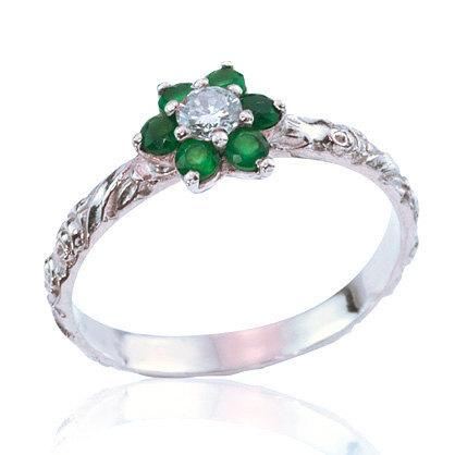 Wedding - Emerald Diamond Ring, Flower Engagement Ring, Vintage Style, Birthstone Jewelry, Unique Engagement Ring, Anniversary Gift, Emerald Rings