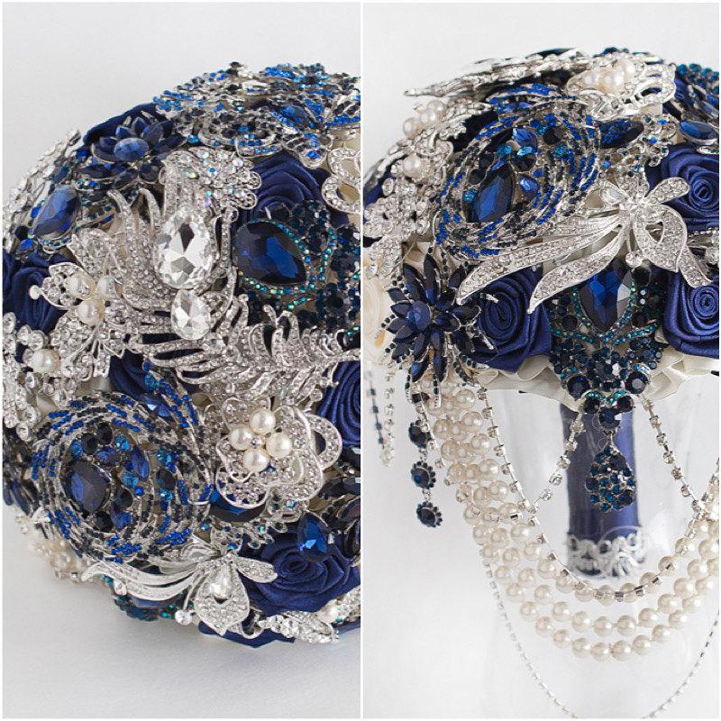 Свадьба - BLUE BOUQUET. Navy blue and silver wedding brooch bouquet, royal blue bouquet, bridal blue bouquet, Handmade Alternative Wedding Bouquet.