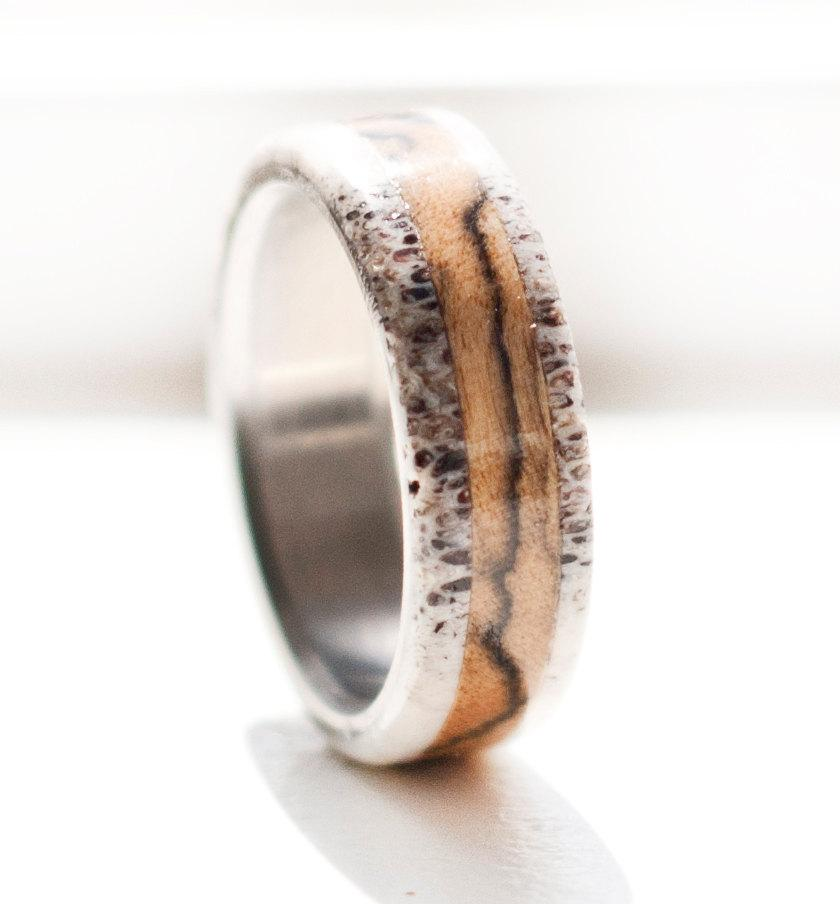 Mariage - Mens Wedding Band Spalted Maple and Antler Ring - Staghead Designs