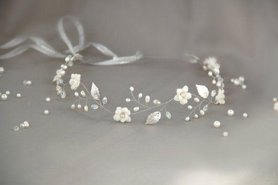 Hochzeit - Bridal Flower Crown Bridal Hair Vine White Flower Crown Leaf Hair Vine Ivory Floral Crown Wedding Flower Crown First Communion Headpiece