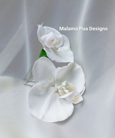 Mariage - BRIDAL hair pins, Hair accessory, Wedding headpiece, white real touch orchid, Silk flower, Hair flower, Beach, Tropical Flower, Hair clip