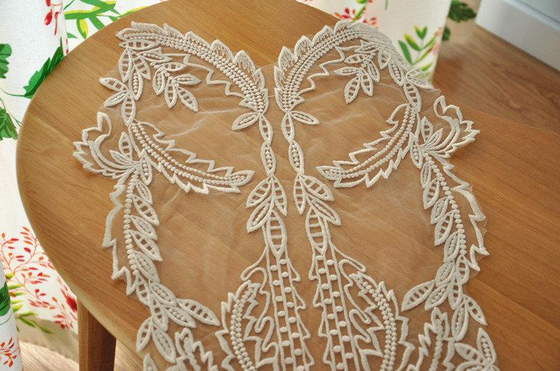 Wedding - gorgeous bridal lace applique, venice lace applique in ivory for wedding gonw,bridal veil, dresses