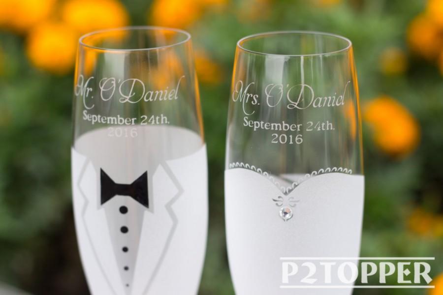 زفاف - Bride and Groom Champagne Glasses, Wedding Glasses, Wedding Champagne flutes, Wedding Champagne Glasses, wedding flutes, toasting glasses