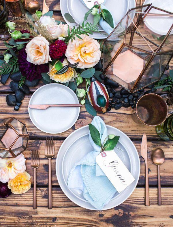 Hochzeit - Unique Bohemian Inspired Tablescapes