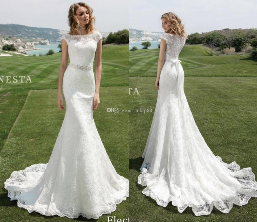 2017 Lace Mermaid Wedding Dresses Cap Sleeve Bateau Neck Beaded Sash