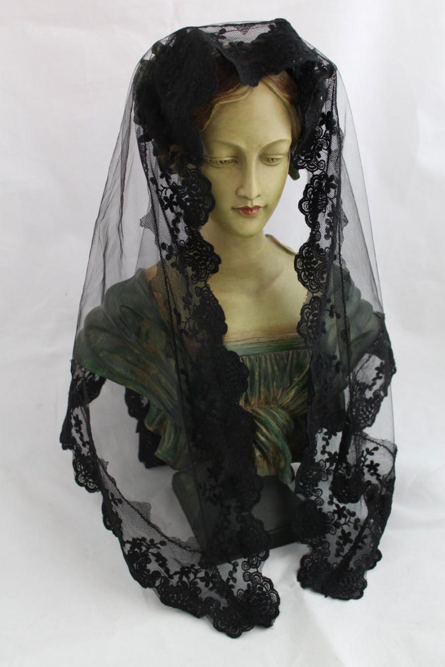 Hochzeit - Traditional Mantilla / Long Triangle Chapel Veil / Triangular Veil /  Catholic Headcovering / Veil for Mass / The Marcella Veil.