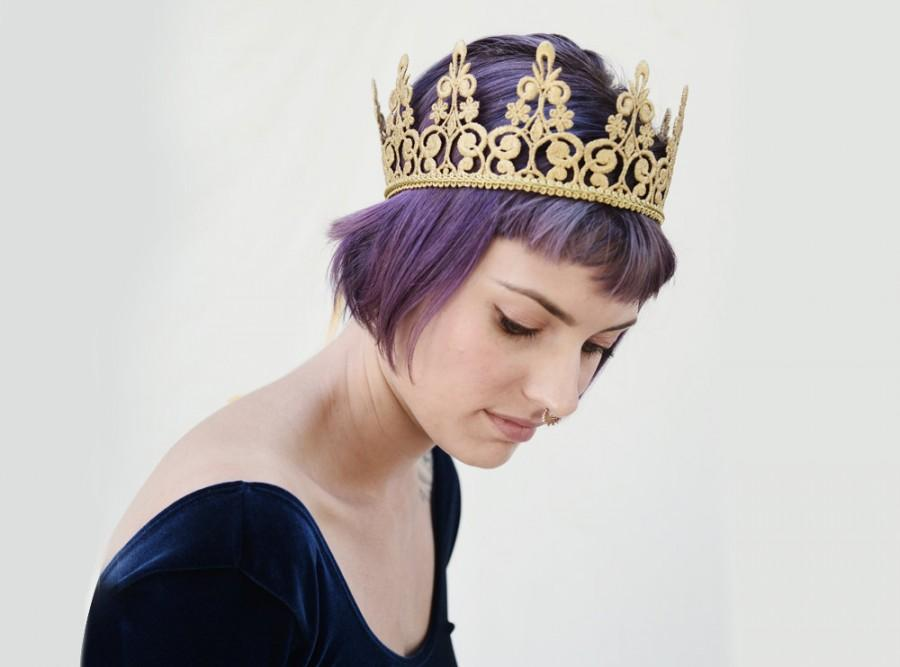 Свадьба - Gold Lace Crown, Gold Crown, Birthday Crown, Mardi Gras, Woman's Lace Crown, Costume, Bridal Shower, Princess Crown, Hen's Party, Crown