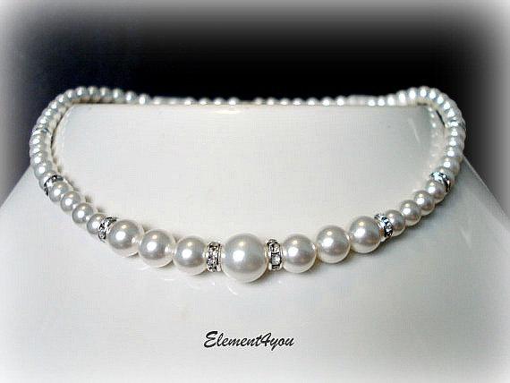 Свадьба - Bridal Pearl Necklace, Wedding Jewellery, Swarovski Pearls, Classic single strand pearl, Bridesmaid jewelry, Blue Pink Champagne Purple