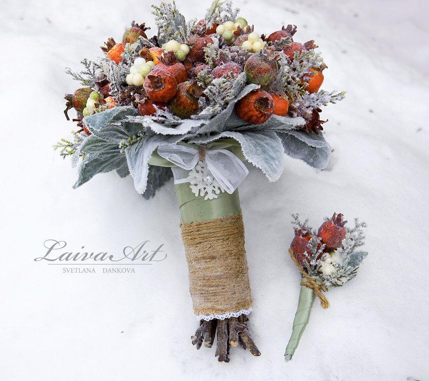 Mariage - Winter Wedding Bouquet Rustic Winter Wedding Alternative Bridal Bouquet Berries Bouquet Woodland Wedding with Boutonniere