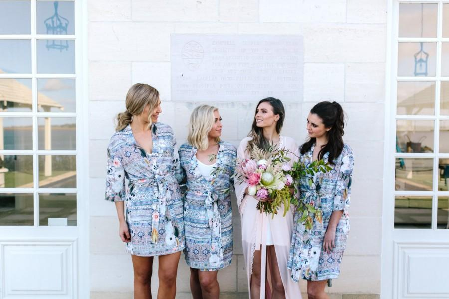 Mariage - Bridesmaid Robes // Bridal Robe // Bride Robe // Bridal Party Robes // Bridesmaid Gift // Silky Robe // Satin Robe // Robe // Floral Robes