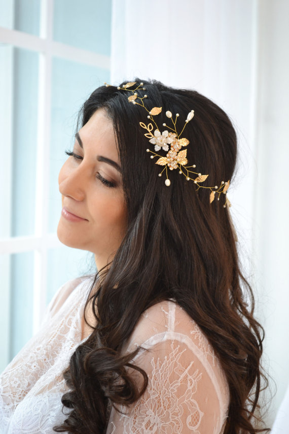 Mariage - Gold pearl hair vine gold leaves vine hair ivory bridal halo gold Pearl floral crown rhinestones vine Wedding flower crown Pearl wreath