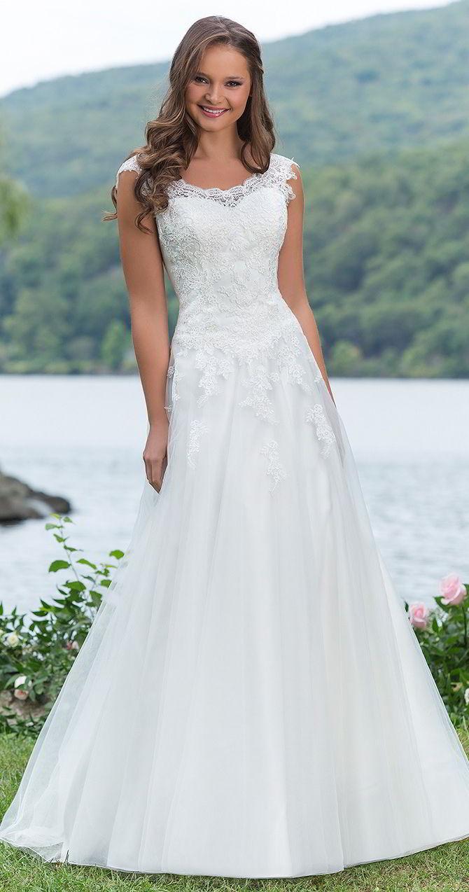 Sweetheart Gowns Spring 2017 Wedding Dresses #2650066 - Weddbook