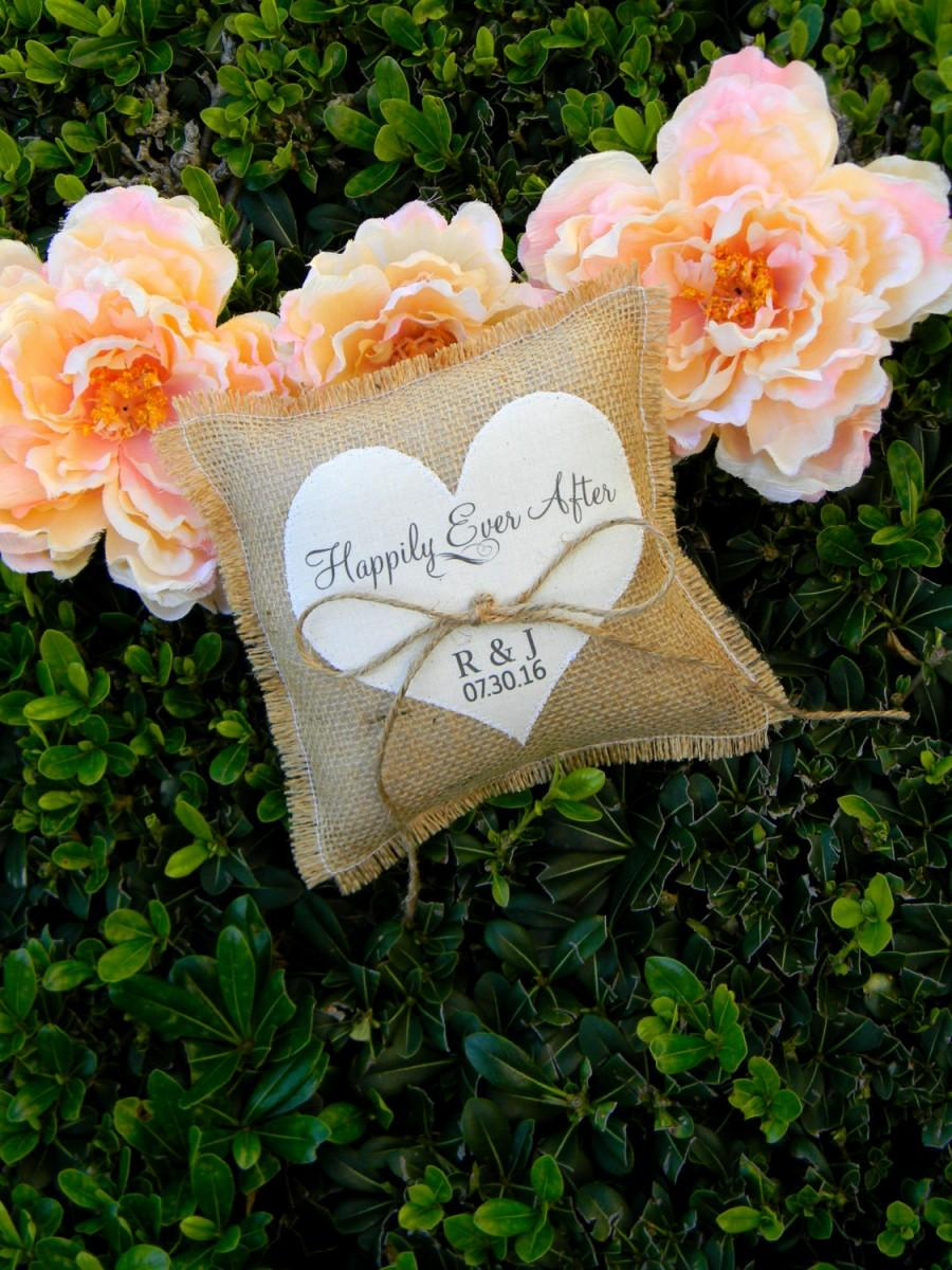 Mariage - Burlap Ring Bearer Pillow Personalized Ring Bearer Pillow Ivory Heart Happily Ever After Shabby Chic Rustic Country Wedding Initials Pillow