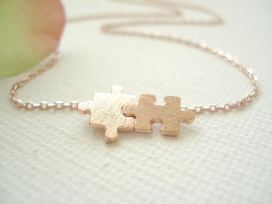 Mariage - Tiny Gold, Silver, Rose gold  Puzzle necklace..simple every day jewelry, bridal jewelry, wedding, bridesmaid, tie the knot, best friend gift