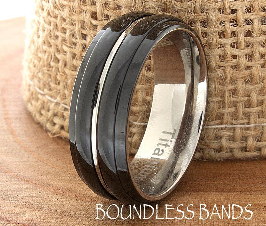 Mariage - Titanium Wedding Band Customized Band Black Titanium Anniversary Handmade Mens Womens Black Ring 8mm High Polished Grooved Two Tone Ring New