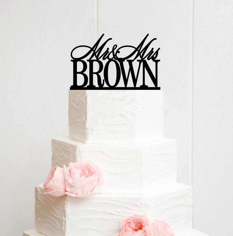 Mariage - Mr and Mrs Wedding Cake Topper Customized With YOUR Last Name - POG0085