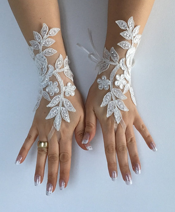Wedding - Free ship Wedding gloves ivory bridal gloves lace gloves fingerless gloves french lace gloves