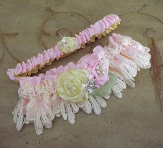 زفاف - Pink Yellow Wedding Garter Set/ Lace Garter/Handmade Flowers