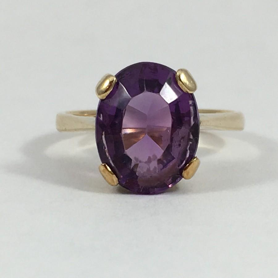 Mariage - Vintage Amethyst Ring in 9K Yellow Gold. 4 Carat Oval Amethyst. Unique Engagement Ring. February Birthstone. 6th Anniversary Gift. Estate
