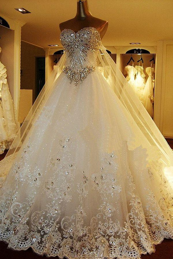 Hochzeit - Sweetheart Ball Gown Watteau Train Wedding Dress With Appliques Beading WD022