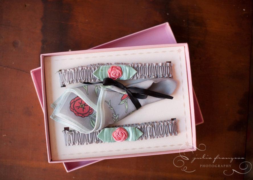 زفاف - 1920s Silk Garter Set with Coral Pink Roses