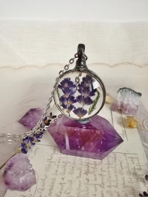 Mariage - Lavender Necklace, Fairy garden, Flower necklace, Terrarium Jewelry, Moss lavender flowers, old silver Necklace, Glass,  Wish, Nature,Unique