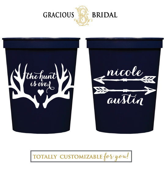 Mariage - The Hunt is Over Personalized Cups