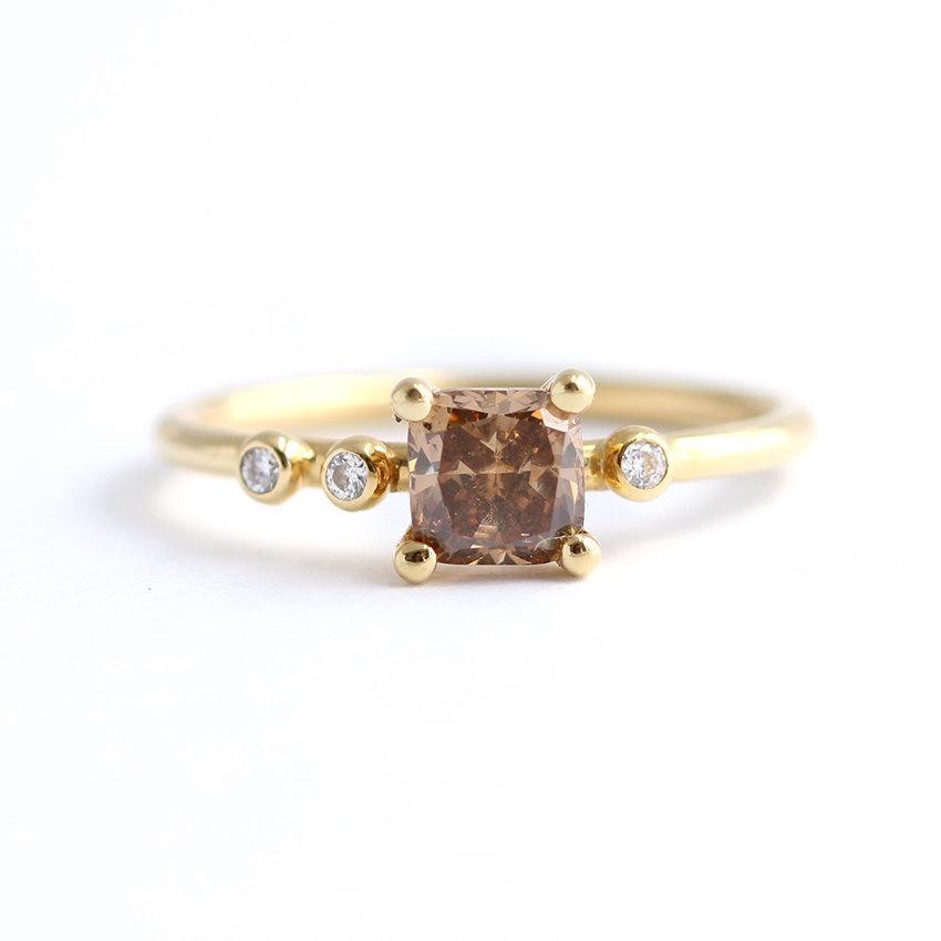 زفاف - Champagne Diamond Engagement Ring - Champagne Cluster Engagement Ring - Alternative Engagement Ring - Asymmetric Diamond Ring