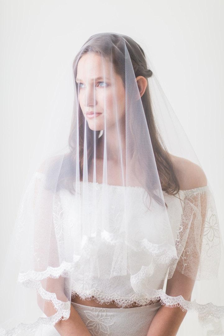 Mariage - 2 tier cathedral veil, Drop veil with lace, Ivory Veil, Lace veil fingertip, Lace edge veil, Wedding Veil, Bridal Veil, Blusher Veil