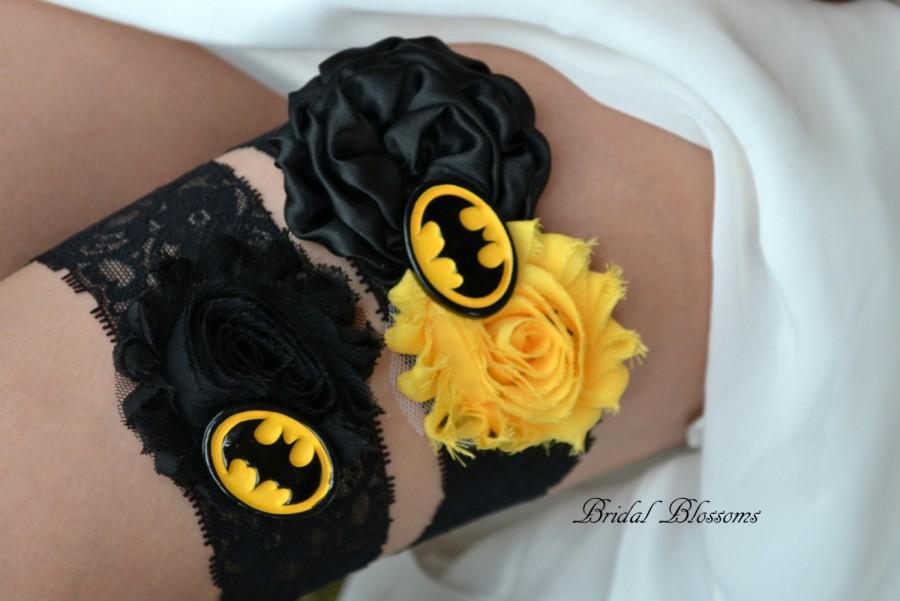 زفاف - Batman Bridal Garter Set