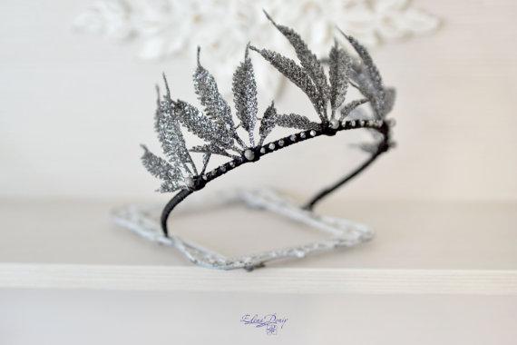 Wedding - Metallic crown Black glittering leaves Crown Festive black crown Fairy Black headband Sparkling crown leaves head dress black