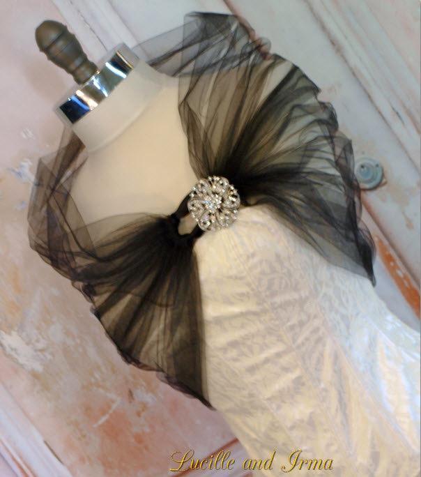 Mariage - Black Tulle Shrug Black Bolero Tulle Stole With Rhinestone Brooch Closure Black Tulle Shoulder Wrap Caplet Prom Shawl More Color Options