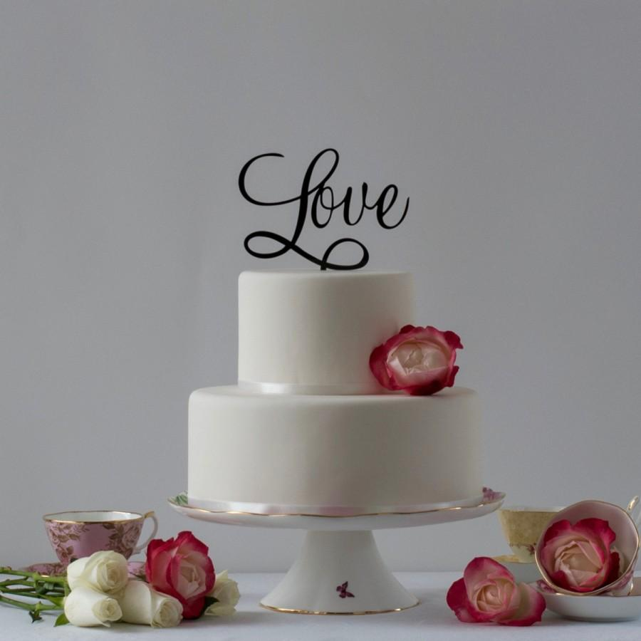 زفاف - Love Cake Topper. The perfect cake topper for your Valentine, Engagement, Wedding or Anniversary cake.