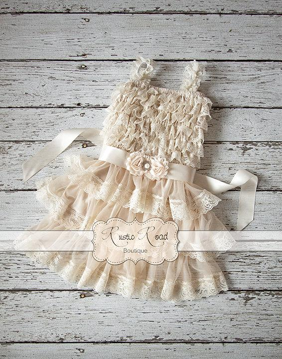 Свадьба - Rustic Flower Girl Dress, Country Girl Dress, Baby Girl Vintage Dresses, Flowergirl Dress, Ivory Lace Dress, Ruffle Dress, CHOOSE SASH COLOR