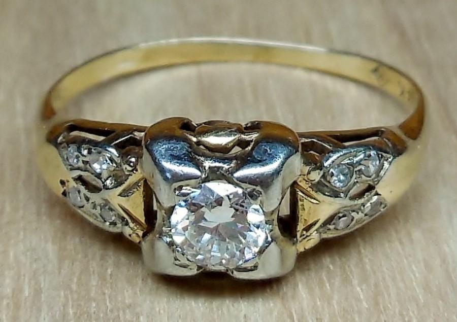 Mariage - Vintage Engagement Ring .35ct Transitional Cut Diamond Unique Engagement Ring Antique Art Deco 1920's 14k Yellow & White Gold Two Tone