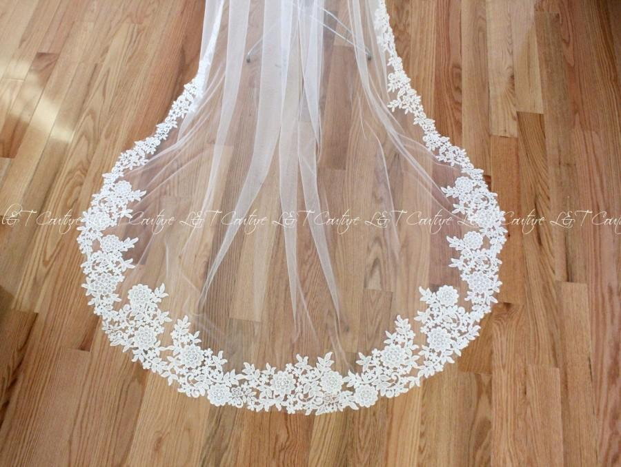 Mariage - Cathedral Wedding Veil, Lace Cathedral Veils, Wedding Veil, Veils, Wedding Custom Made Veil, Custom Bridal Veils, READY TO SHIP