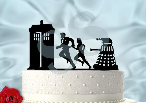 Свадьба - Dr Who Tennant Inspired Run From Daleks Wedding Cake Topper