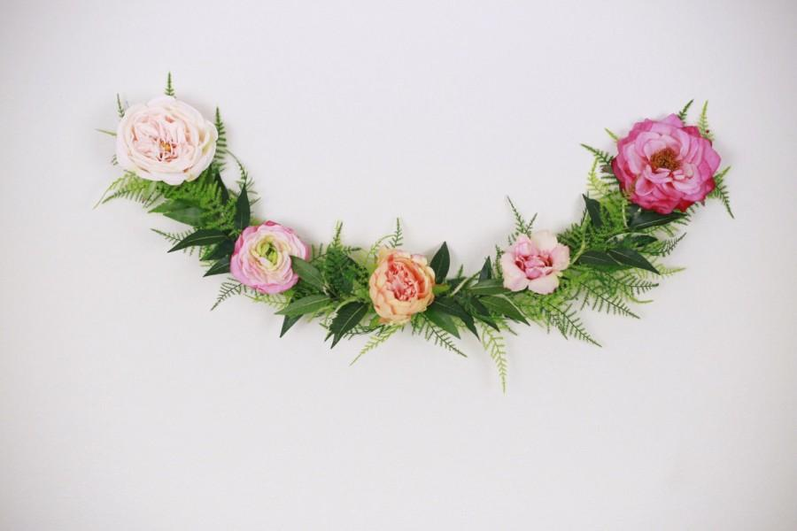 Свадьба - Wedding garland, Flower garland, bohemian flower garland, floral wall hanging, wedding garland, floral garland