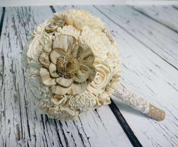 Mariage - Small cream rustic wedding BOUQUET Ivory Flowers, Burlap Handle, Flower-girl, Bridesmaids,sola roses vintage wedding brown custom small toss